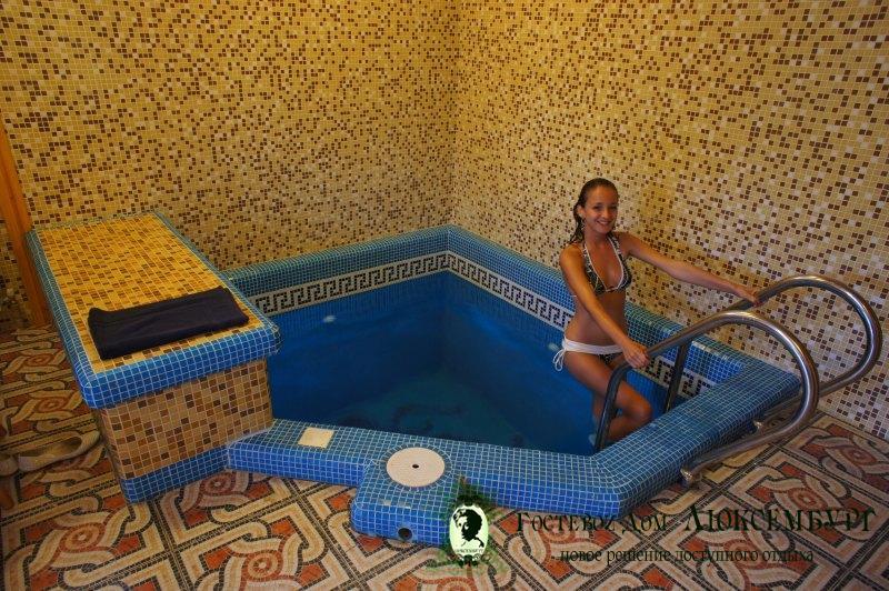Как сделать бассейн в сауне своими 212