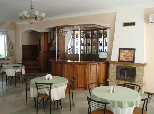 "Кафе гостиного двора ""Эмине Баир"" с. Мраморное, Крым, фото"